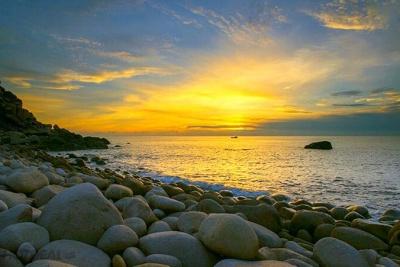 Image result for đảo bình hưng